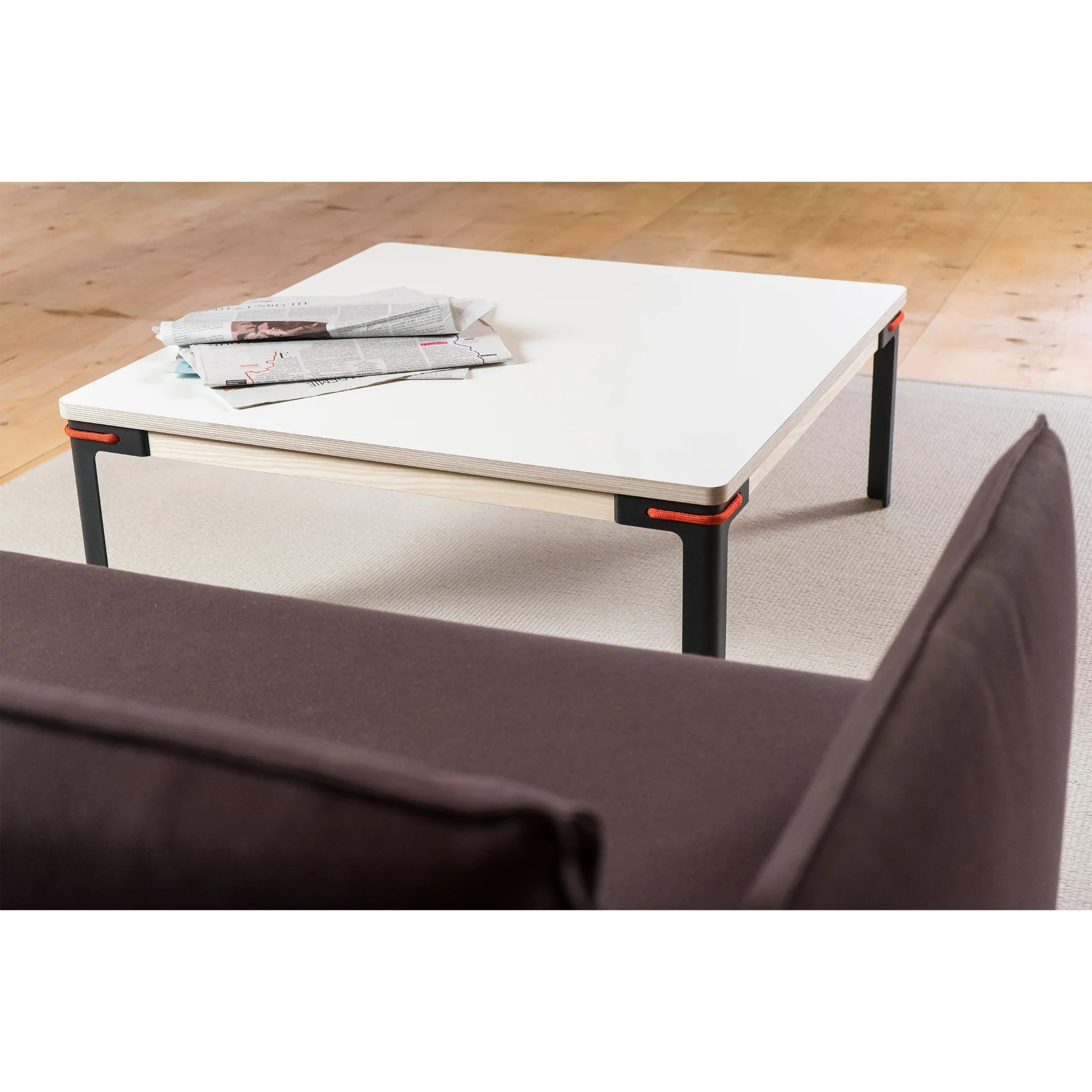 New York Couchtisch Moormann Seiltänzer Sidetable Stillfried Wien New York