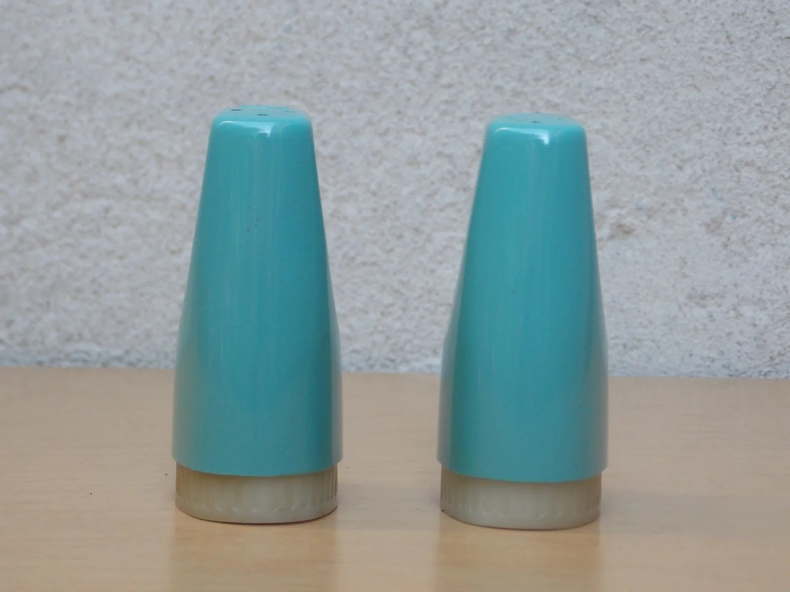 Modern Salt Pepper Shakers Aqua Blue Teal Vintage Modern Salt Pepper Shakers