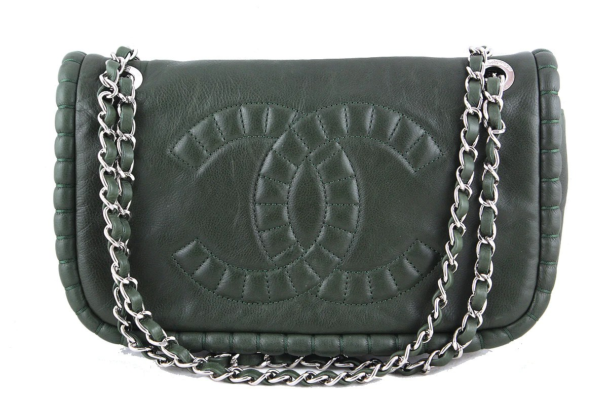 Flapon Chanel Forest Green Flap On The Bund Logo Bag