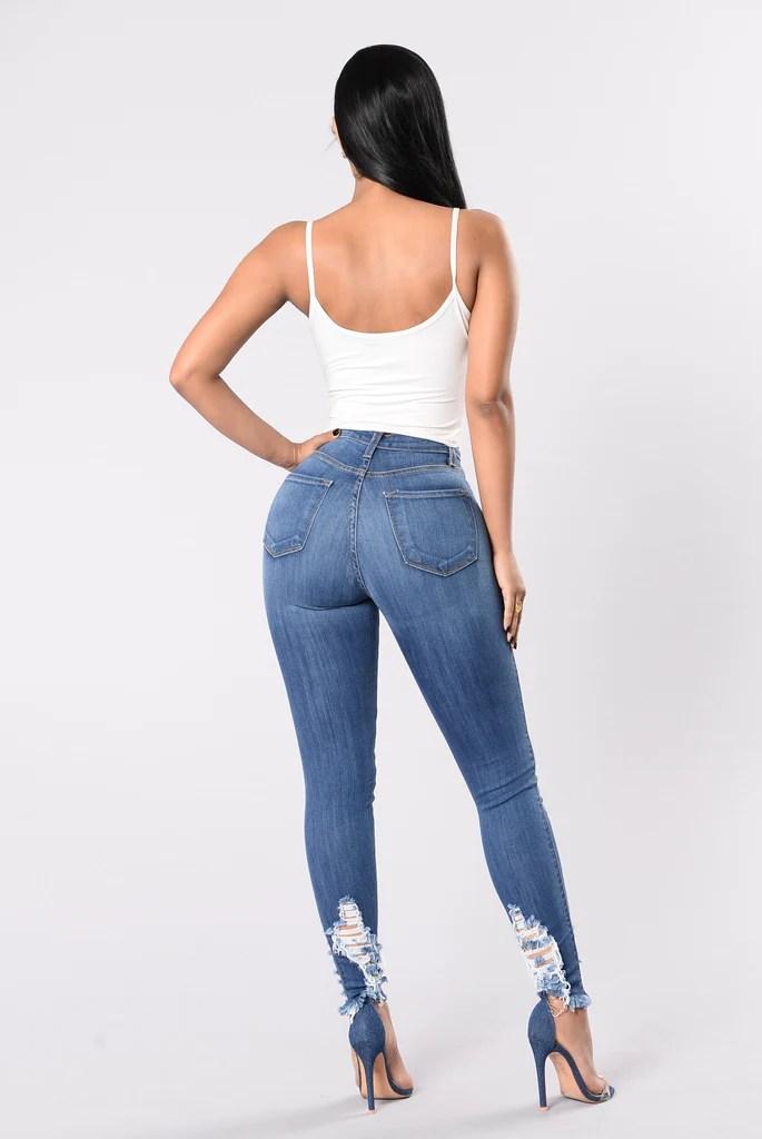 Day Off Jeans - Medium Wash
