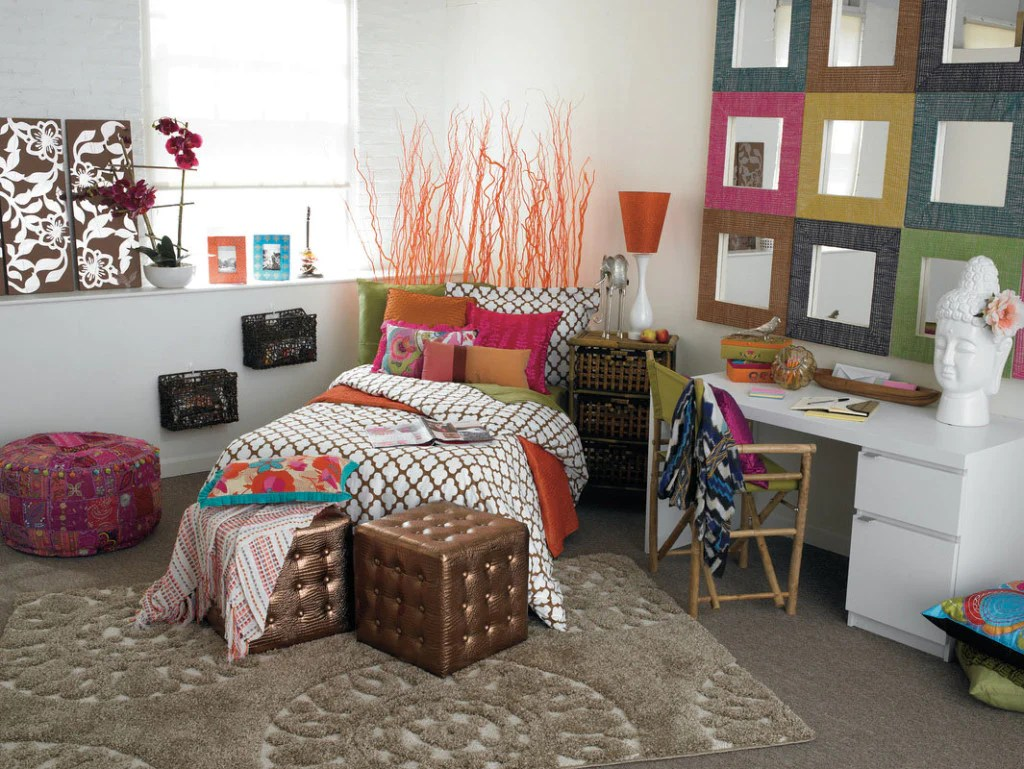 Travel Themed Dorm Room 4 Ways To Make Your Space Your Sanctuary Pura Vida Bracelets