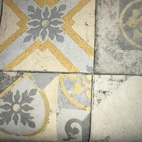 3d Silver Grey Wallpaper Grandeco Wallpaper Facade Moroccan Tile Mustard Fc3303