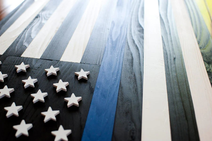 X Files Iphone Wallpaper Thin Blue Line Wood Flag Patriot Wood