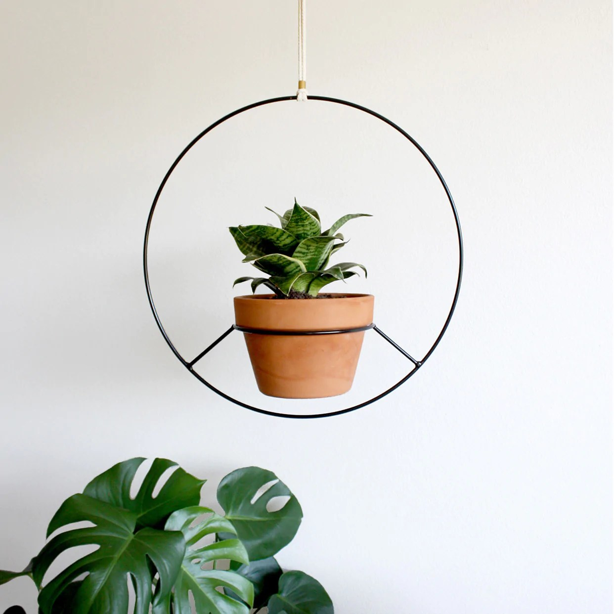 Black Wire Plant Stand Hanging Plant Holder Black Metal Norwegian Wood