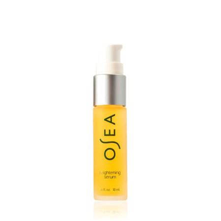 BRIGHTENING SERUM <br> Ultra-lightweight serum to prevent age spots and hyper-pigmentation, brighten and improve skin tone, 18ml