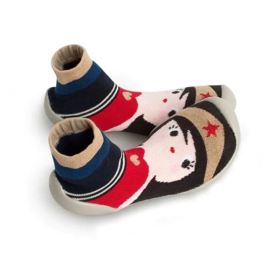 Collegien wonder woman slippers