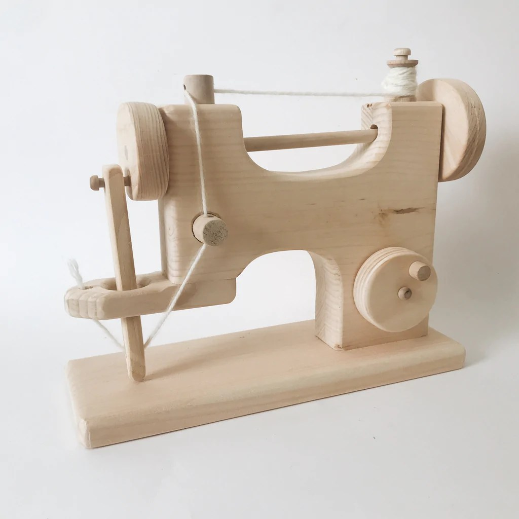 Wooden Toy Sewing Machine Andnest