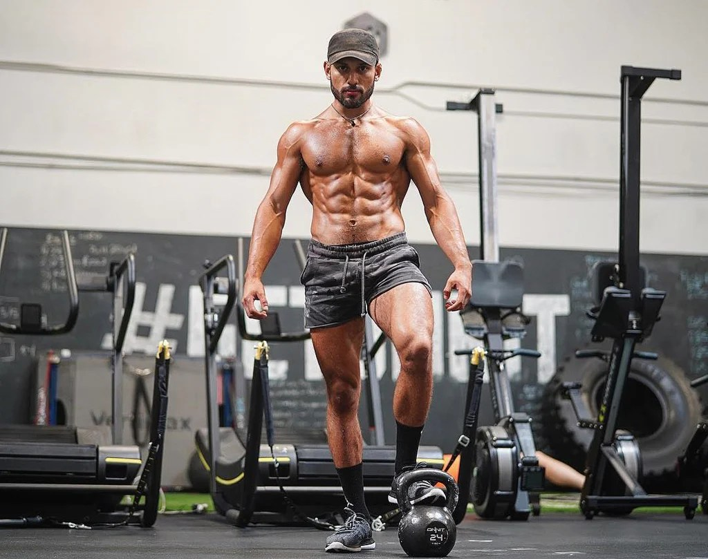 Kettlebell Bodybuilding Life As A Swoledier An Interview With Kettlebell Specialist