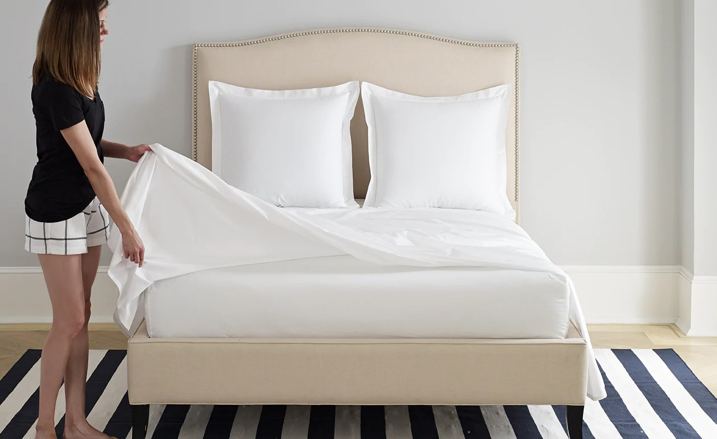 Deep Fitted Sheets Queen Size Fitted Vs Flat Sheet Do You Really Need Both Boll Branch