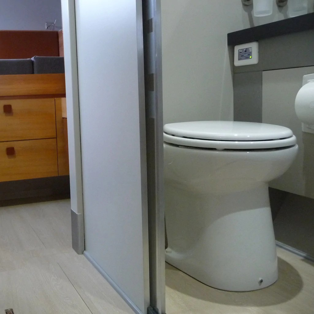 Commode Marine Saniflo Marine Depot Electric Marine Toilets For Boats