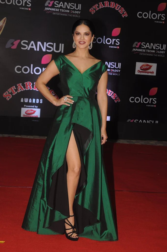Stunning Fall Wallpapers Sunny Leone S Green Long Slit Gown Has Got Our Attention