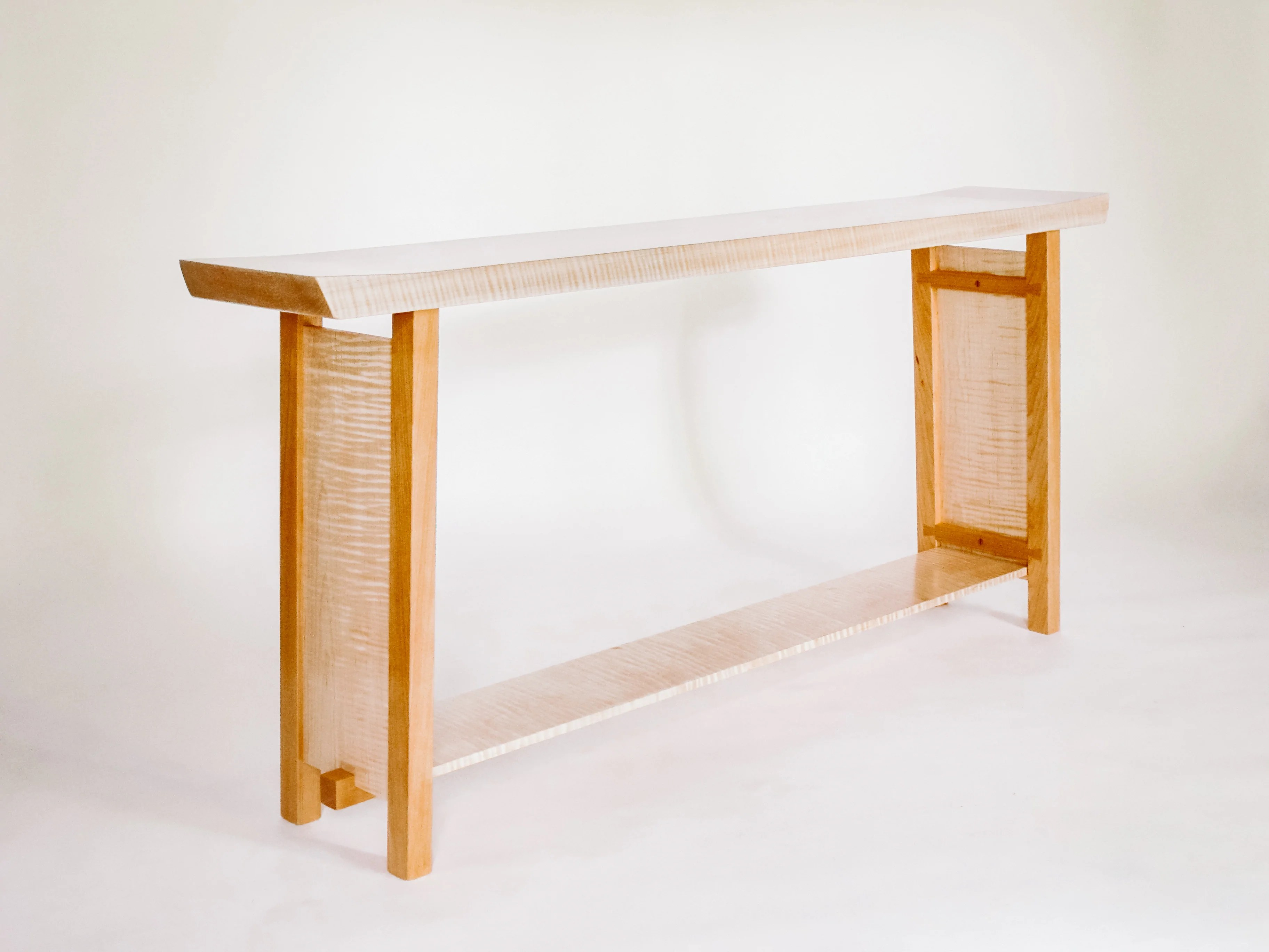 The Shaped Console Table Tiger Maple With Cherry Mokuzai Furniture