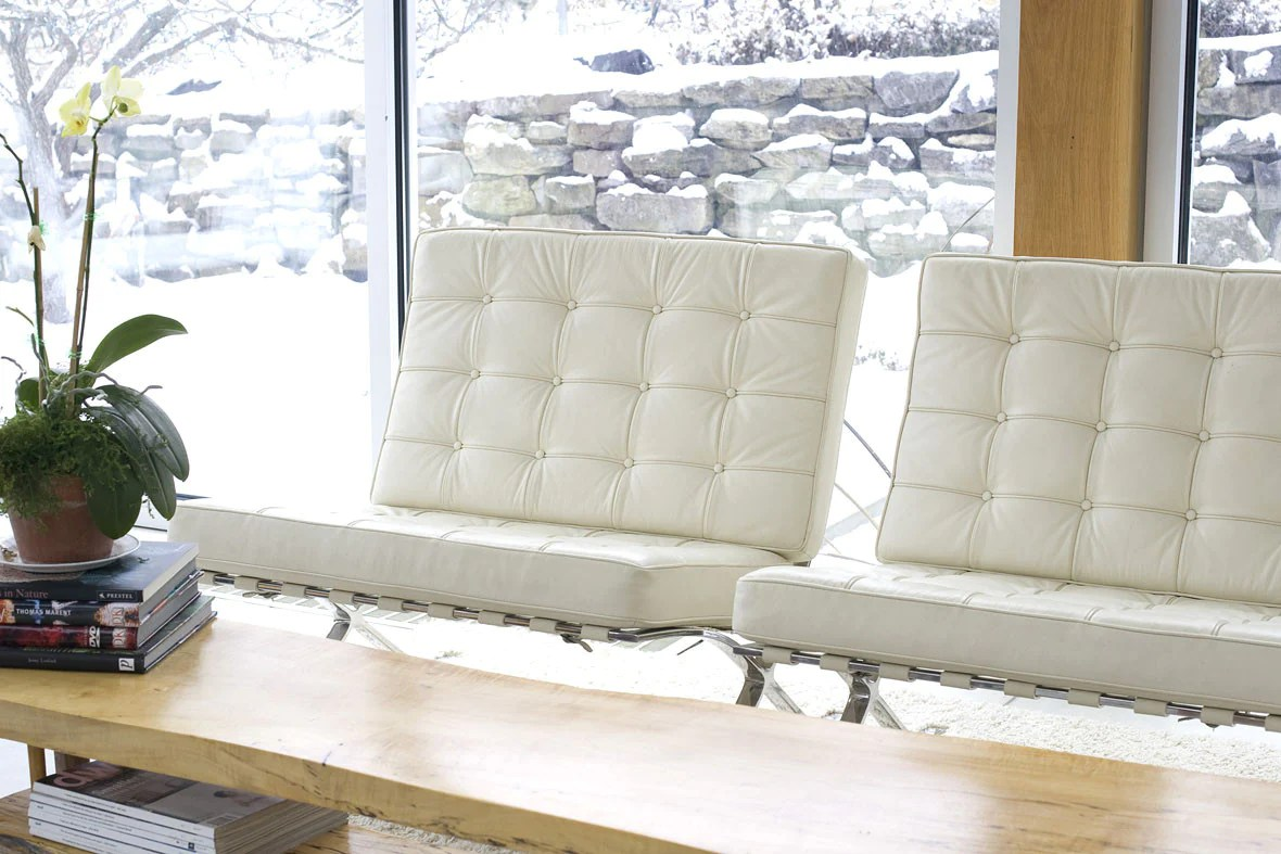 White Leather Couch Restoring White Leather Leather Care Cleaning Conditioning