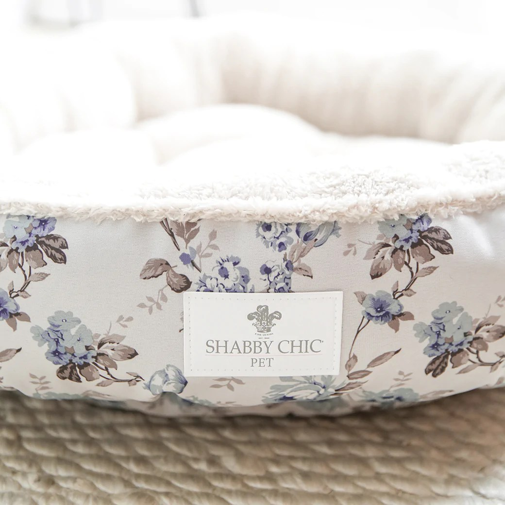 Shabby Chic Shabby Chic Pet Bed Collection Blue Beauty Berry