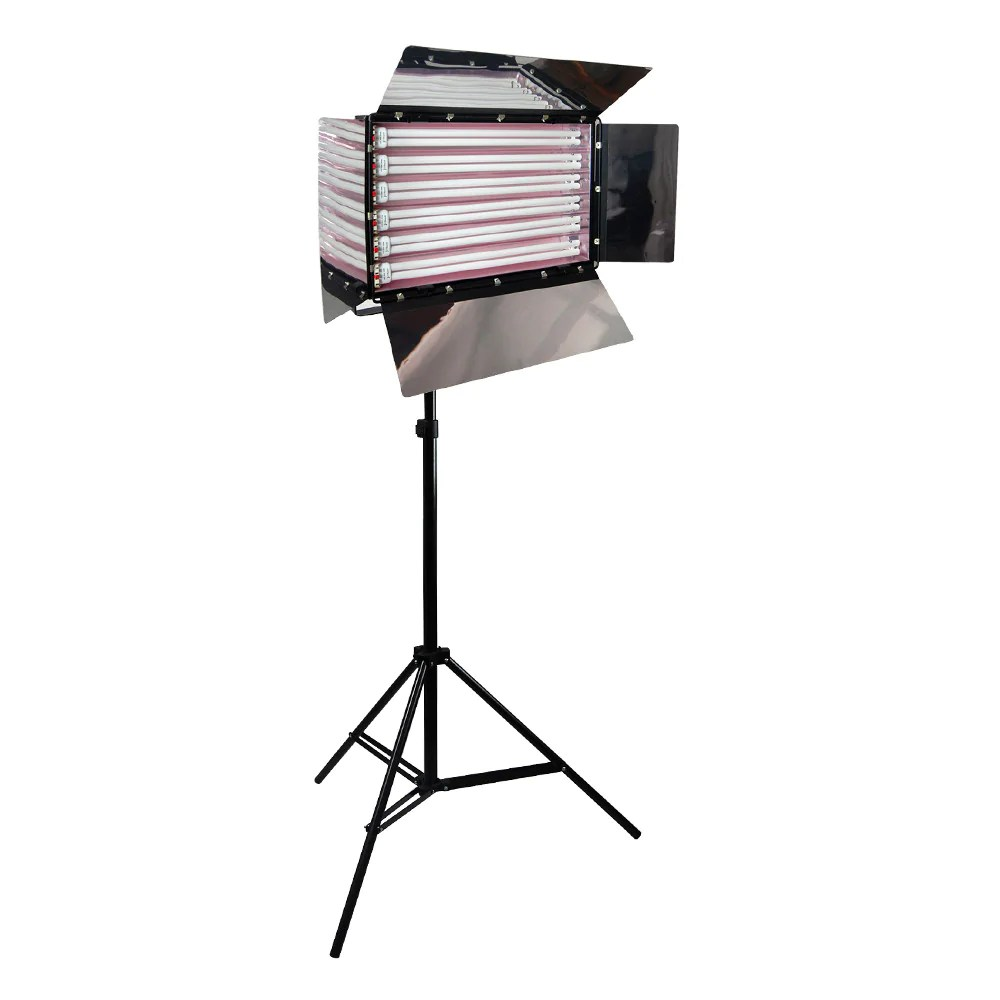 Fluorescent Lighting 550w Cool Light Fluorescent Lighting Kit With Barndoor On Heavy Duty Stand For Photography Video By Loadstone Studio