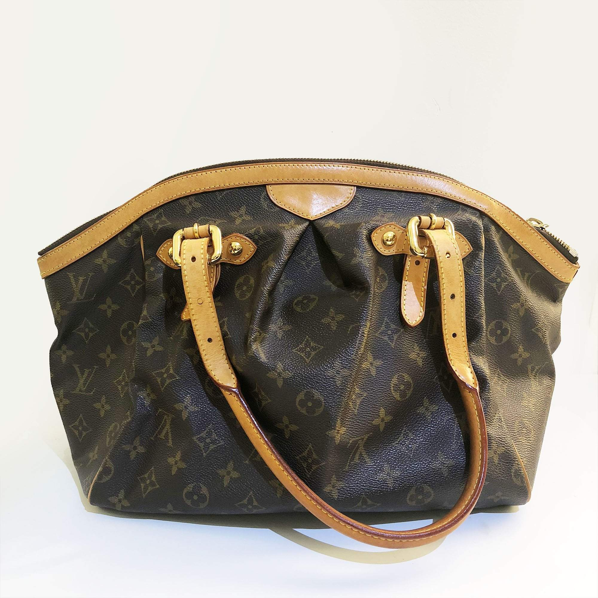 Tivoli Gm Louis Vuitton Alma Monogram Bag Garderobe