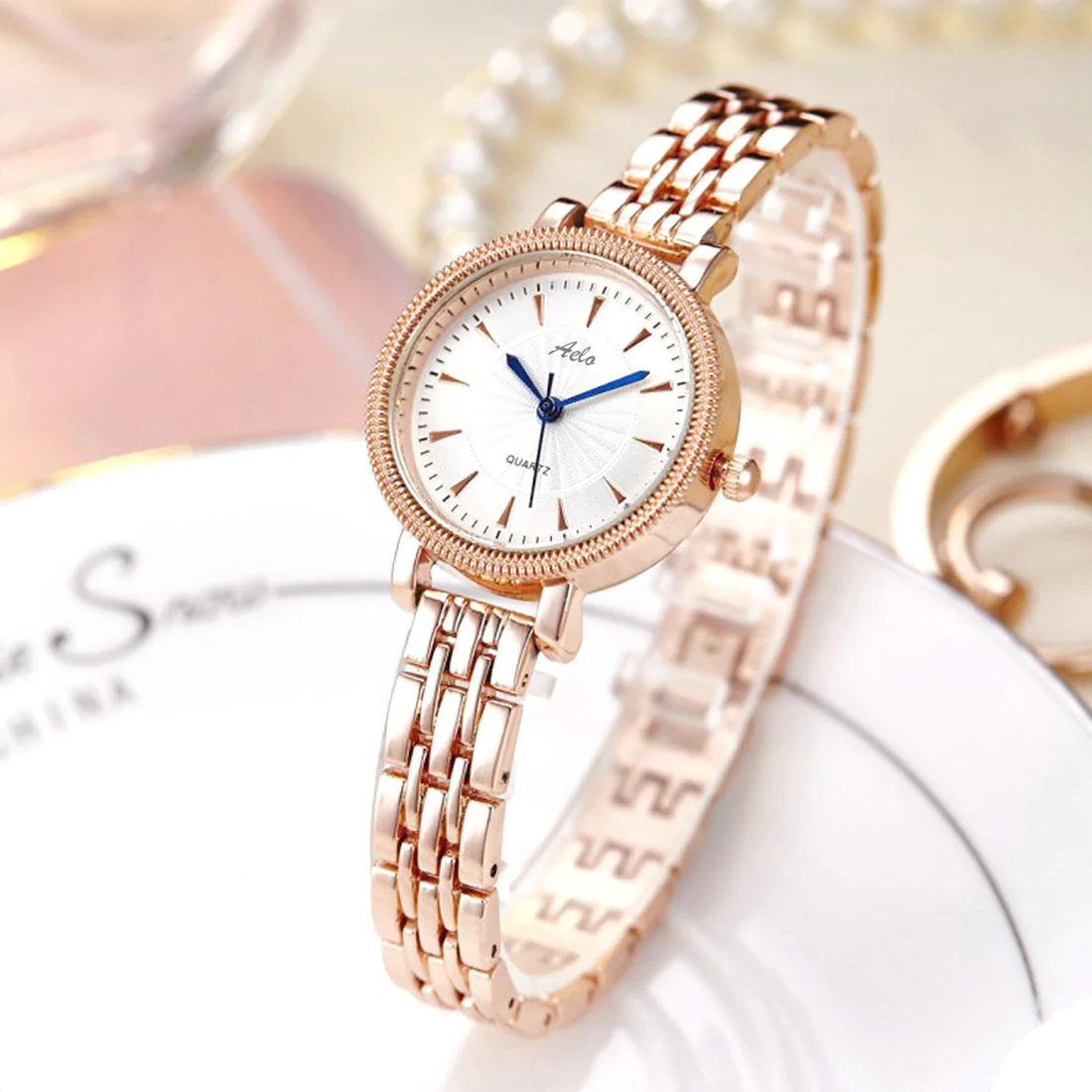 I Watch Ladies Rose Gold Chain Watch For Ladies Aelo