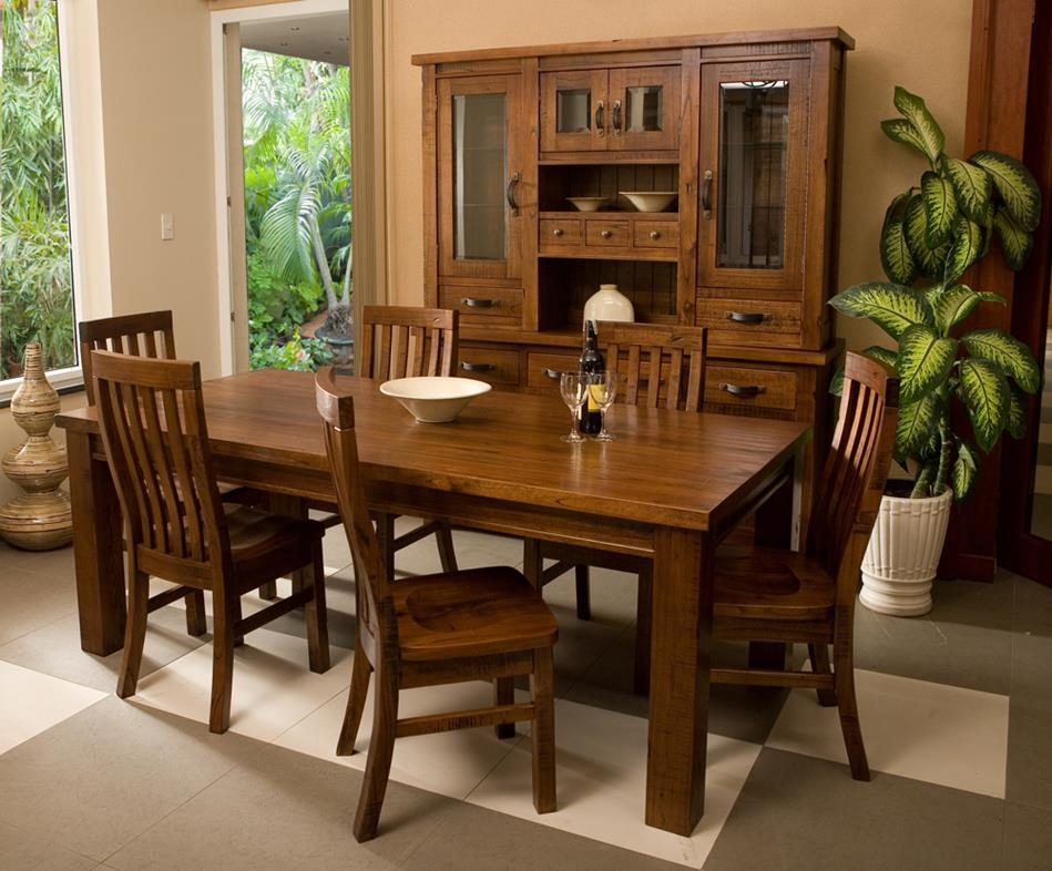 Hillsdale Outback Large Dining Table In Distressed