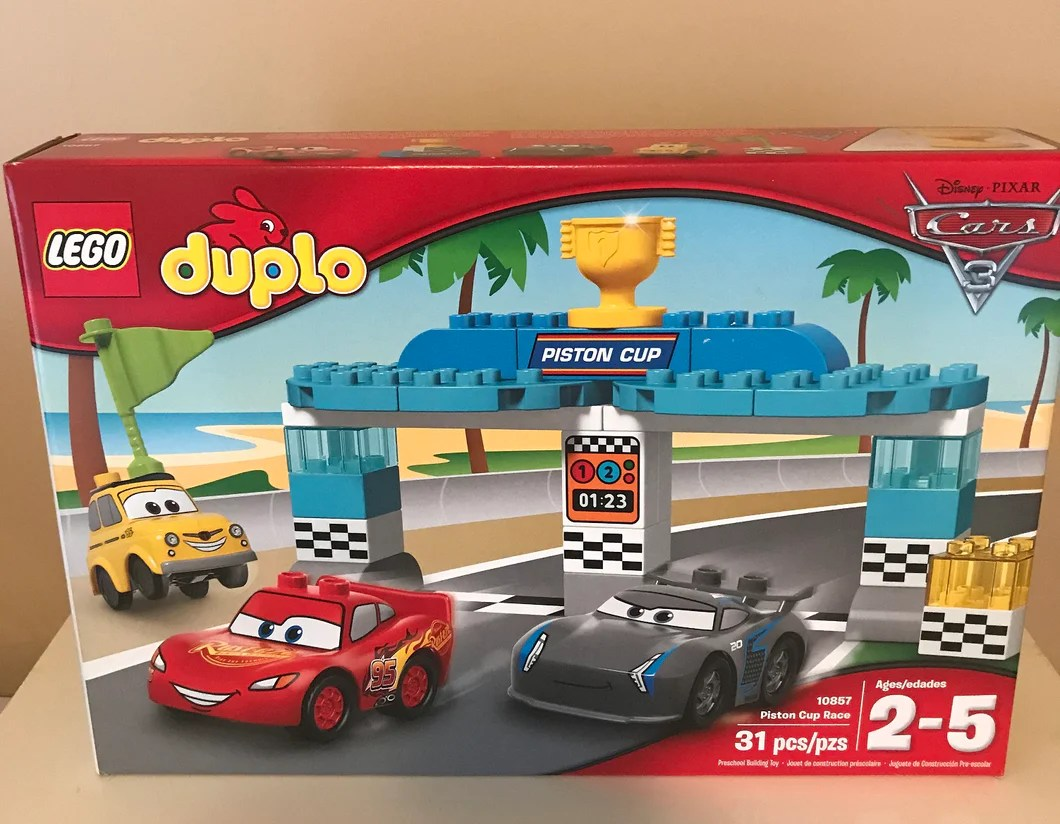 Cars 3 Jackson Storm Jouet Lego Duplo Cars Piston Cup Race Set 31 Piece Set