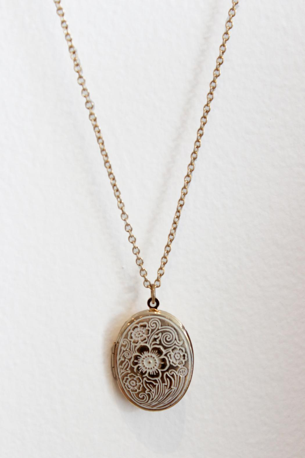 Carte Blanche Anklets Carte Blanche Long Chain Locket From Vancouver Shoptiques