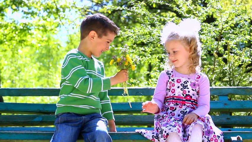 Cute Kid Couples Wallpapers Portrait Of Little Boy Kissing Pretty Girl Cute Couple In