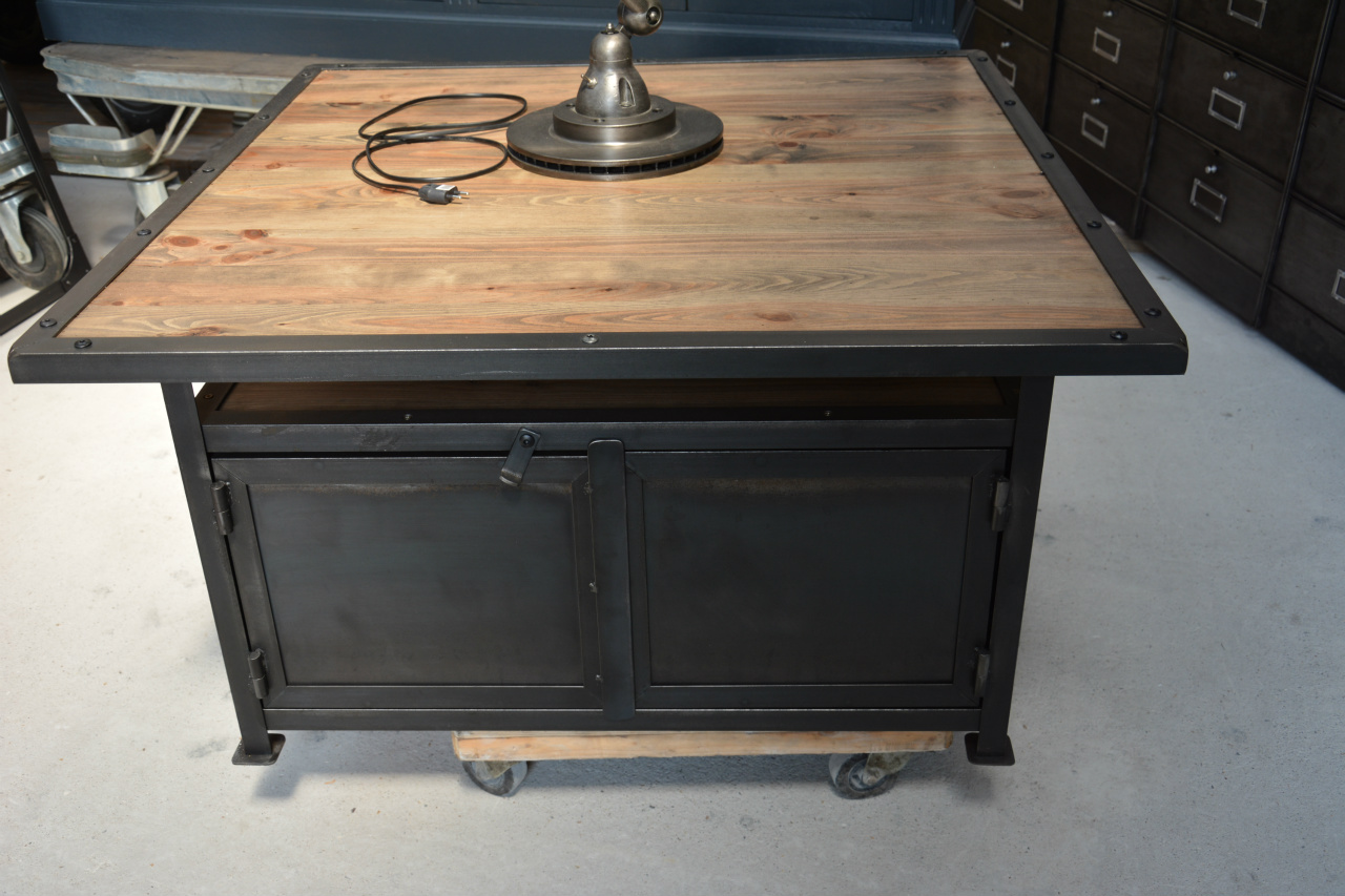 Meuble Industriel Beuvry Tables Basses Style Deco Industriel Fr
