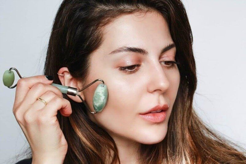 Everything You Should Know About The Jade Facial Roller