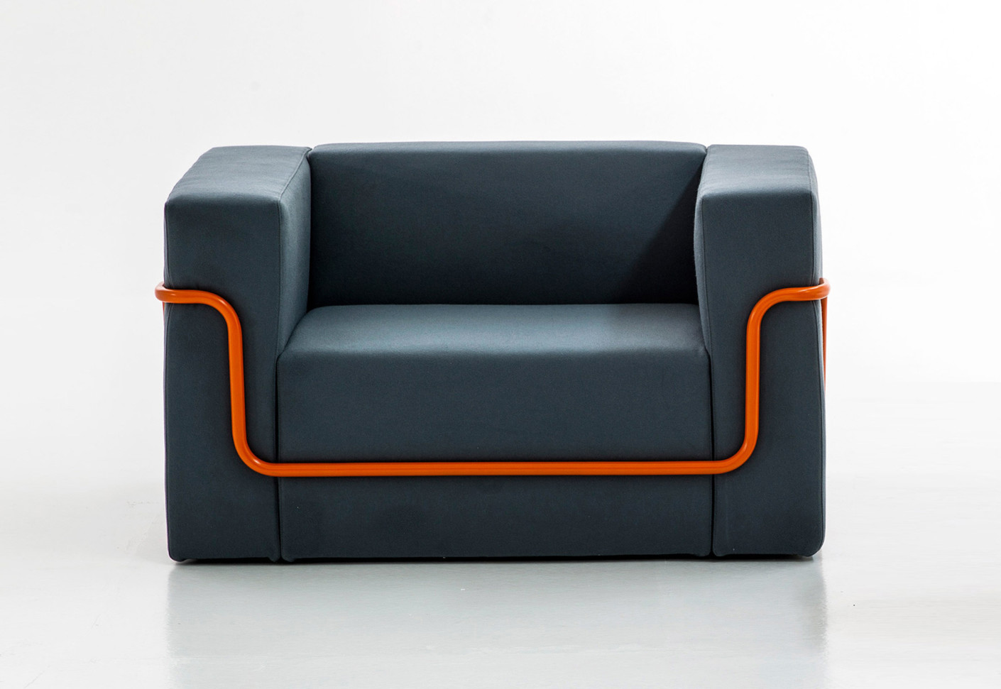 Laid Back Sessel Conduit Armchair By Moroso Stylepark