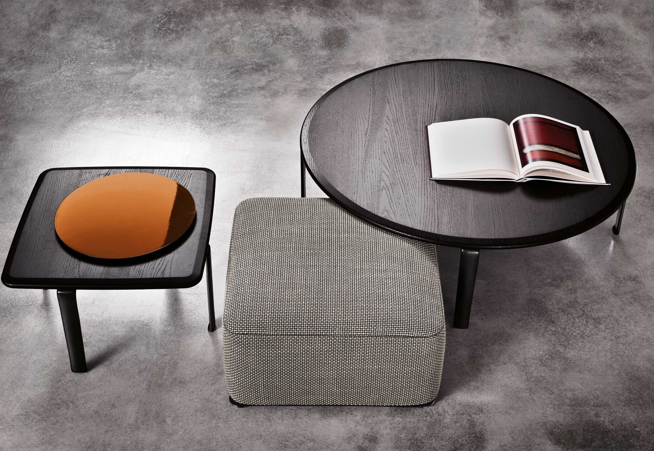 Couchtisch Perry Perry Coffee Table Round By Minotti Stylepark