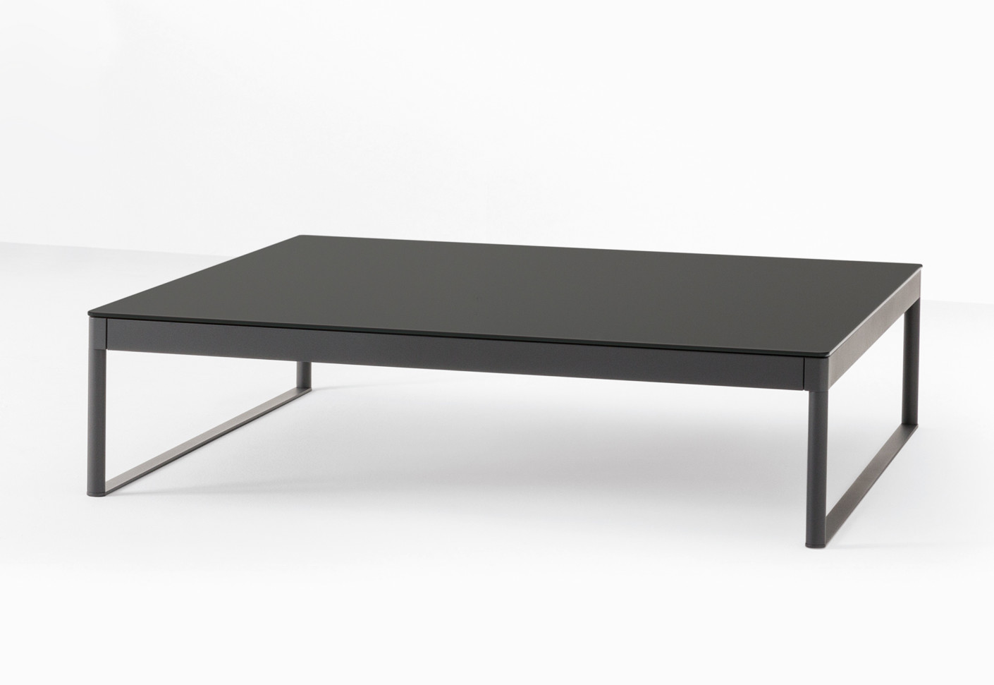Couchtisch Icaro Icaro 015 Small Table By Desalto Stylepark