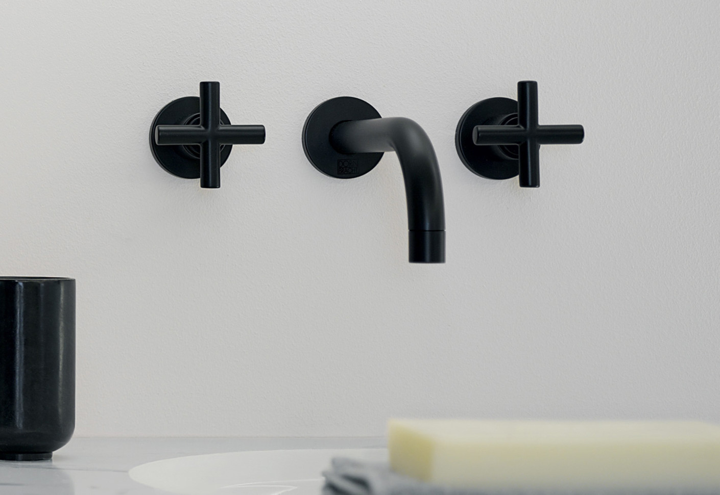 Schwarze Armaturen Tara Black Wall Mounted Basin Mixer By Dornbracht Stylepark