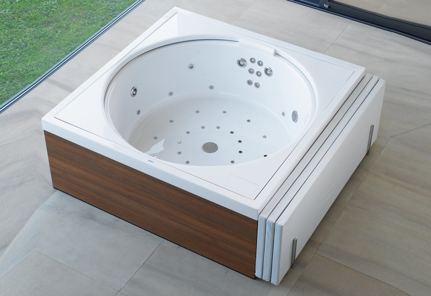 Jacuzzi Full Moon Underwater Pool Light Blue Moon Pool By Duravit Stylepark