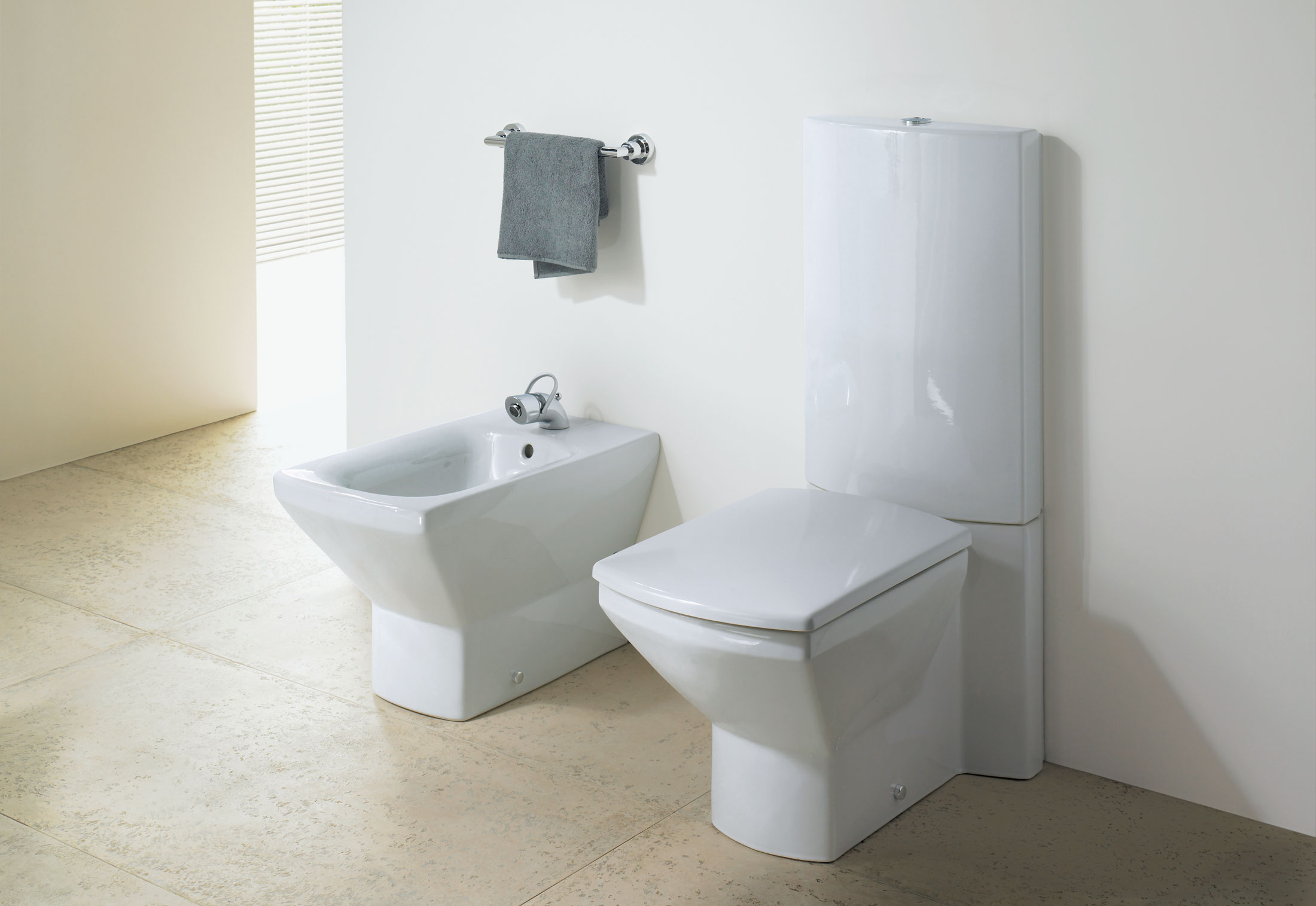Wc Urinal Kombination Caro Stand Wc Combination By Duravit Stylepark
