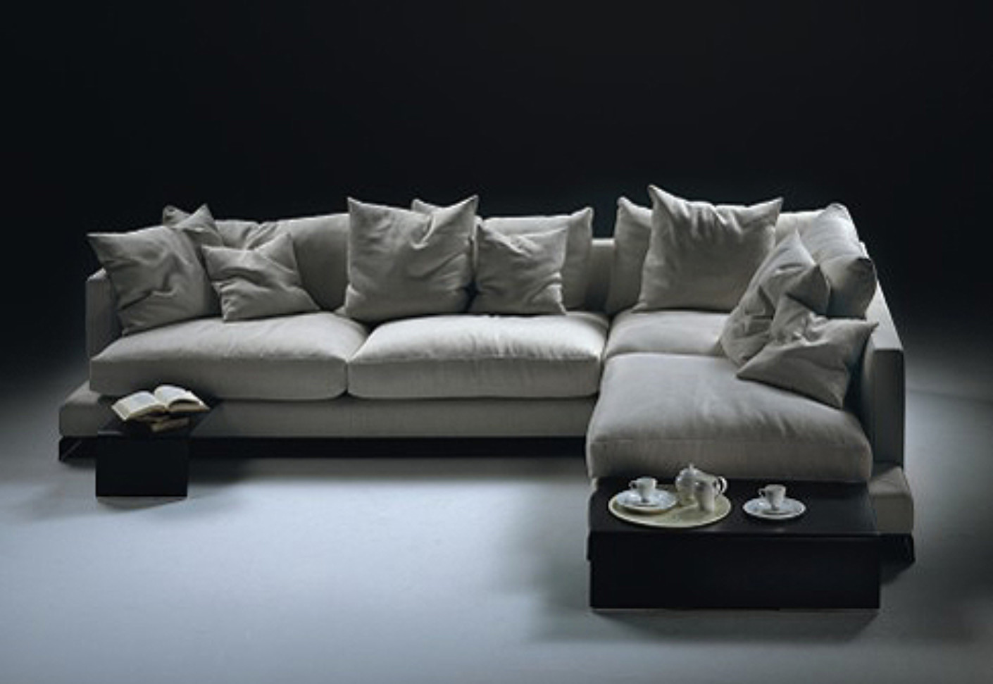 Sofa Cream Nz Long Island Sectional Sofa By Flexform | Stylepark