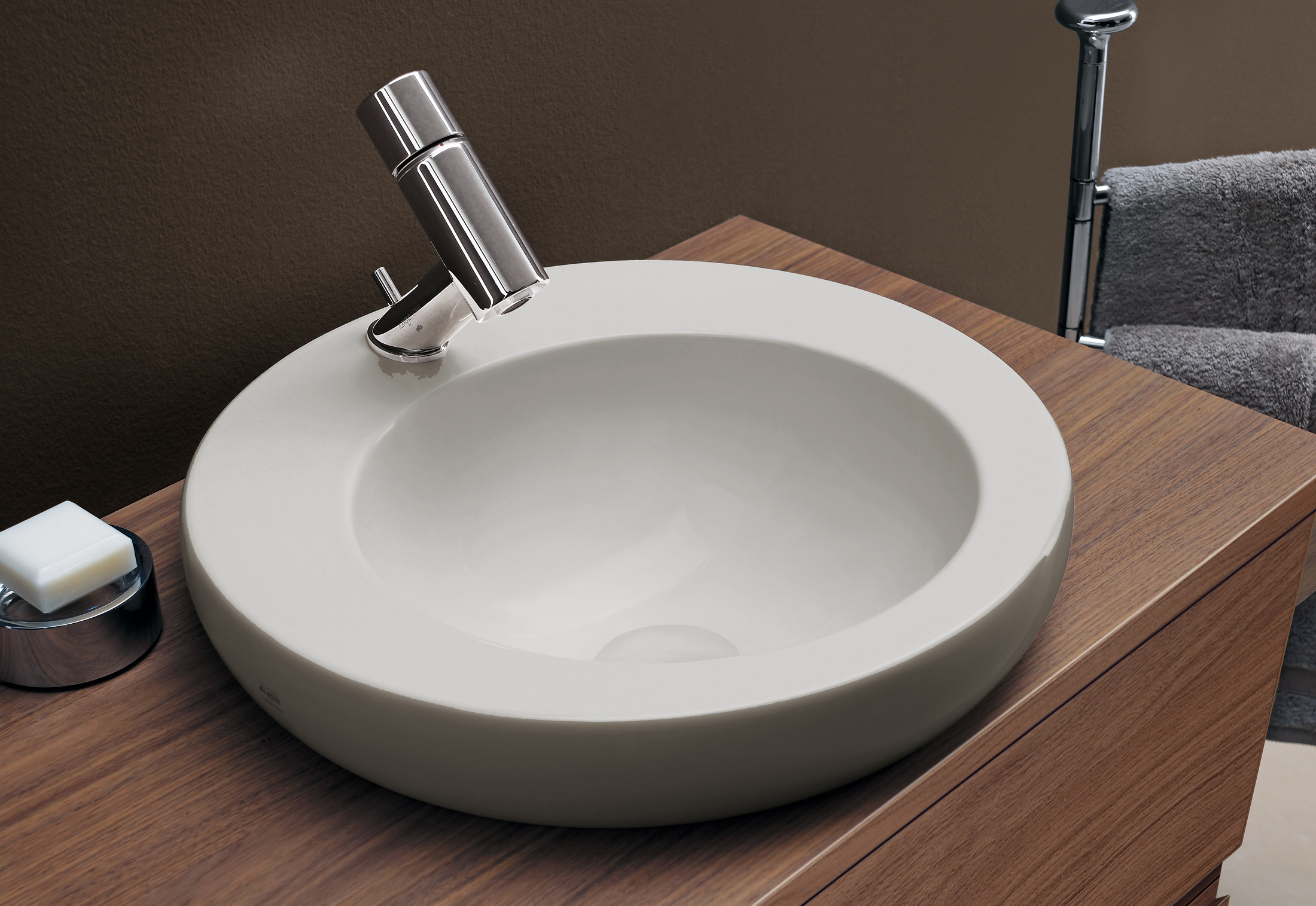 Bagnodesign Basin Taps Il Bagno Alessi One Double Washbasin Bowl By Laufen Stylepark