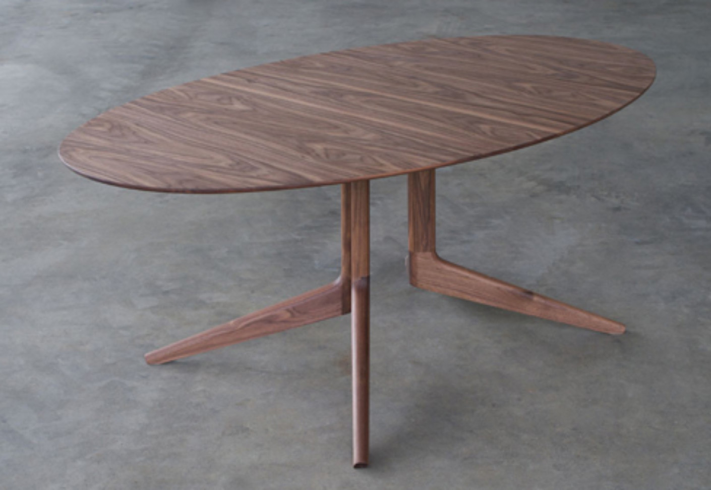 Table Ovale Light Oval Table By Matthew Hilton Stylepark