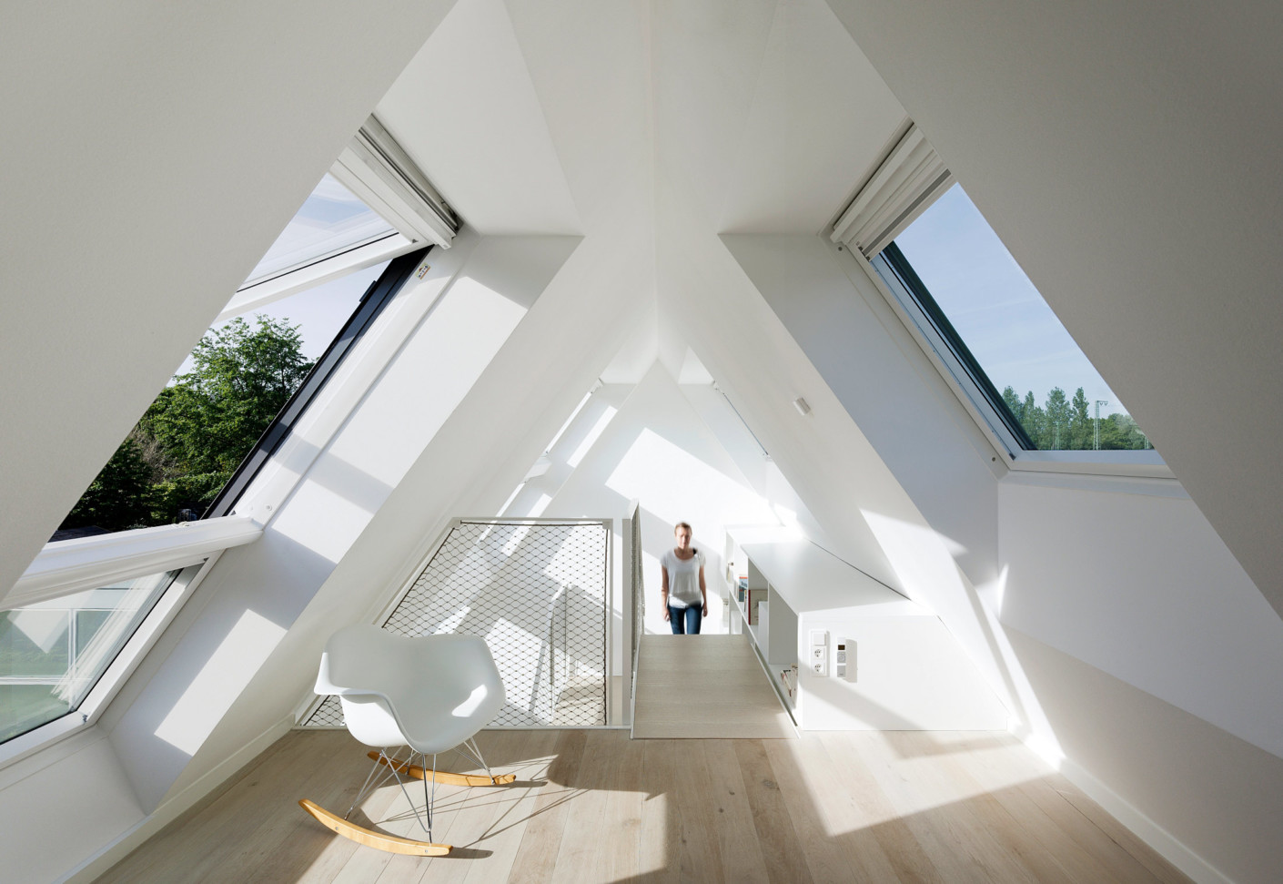 Roof Window Lichtaktiv House By Velux Stylepark - Bungalow Mit Dachausbau