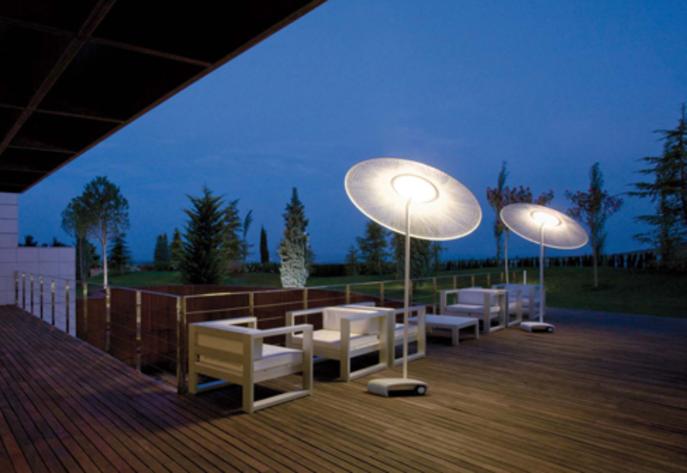 Lampadaire Sans Fil Wind 4086 By Vibia | Stylepark