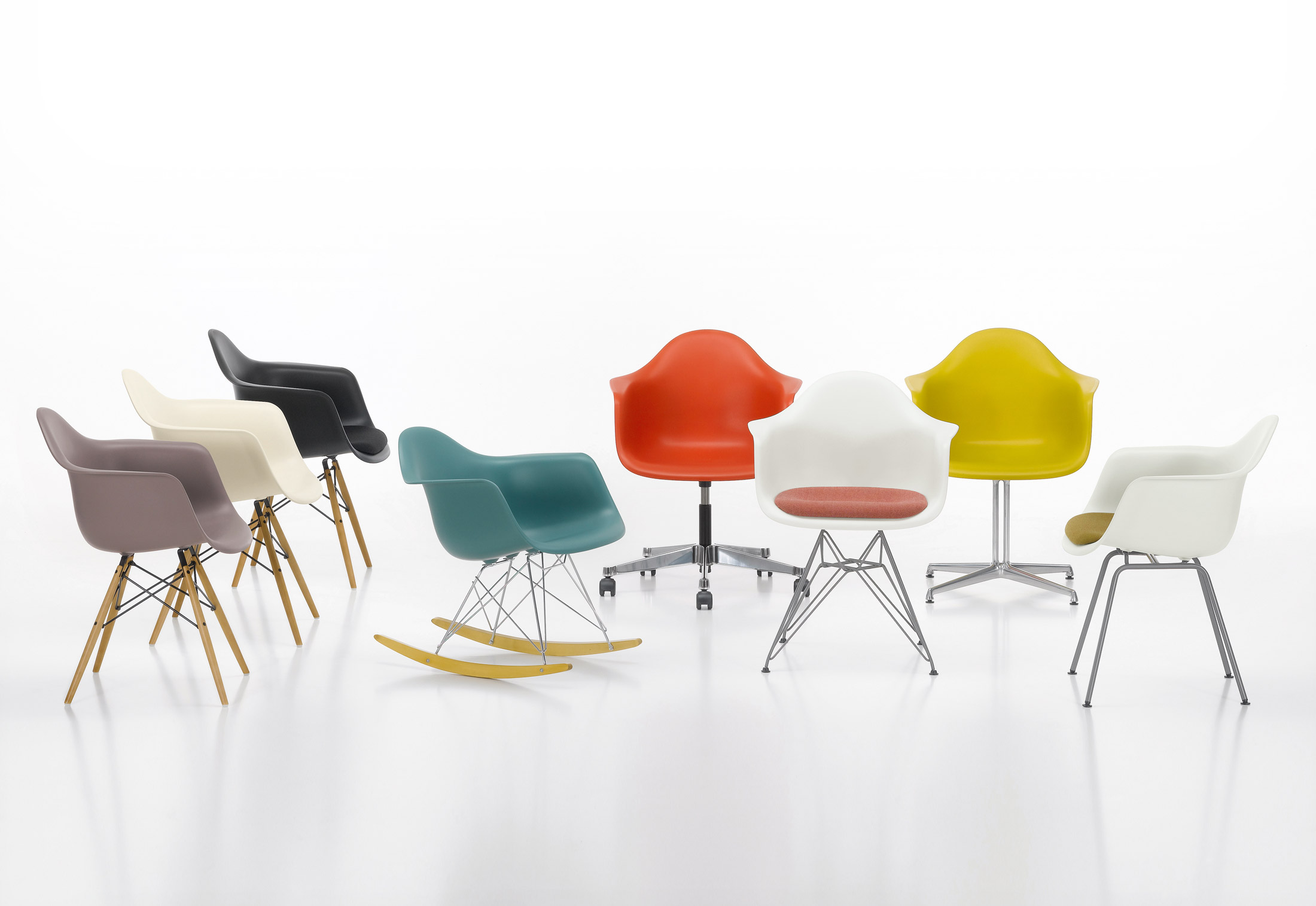 Sedia Eames Verde Eames Plastic Armchair Daw By Vitra Stylepark