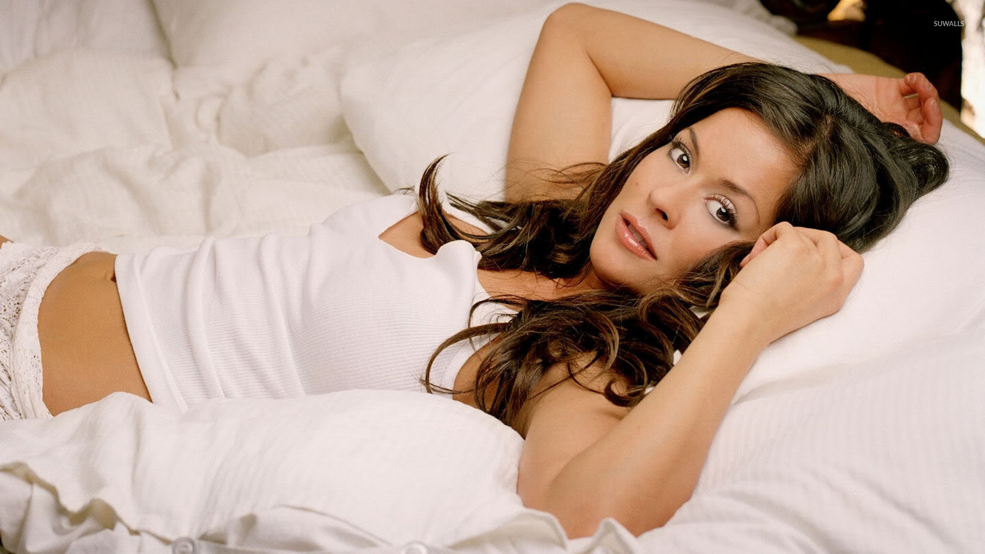 Wallpapers For Tween Girls Brooke Burke Wallpaper Celebrity Wallpapers 3083
