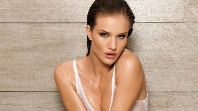 Rosie Huntington-Whiteley with wet hair wallpaper - Girl wallpapers - #49725