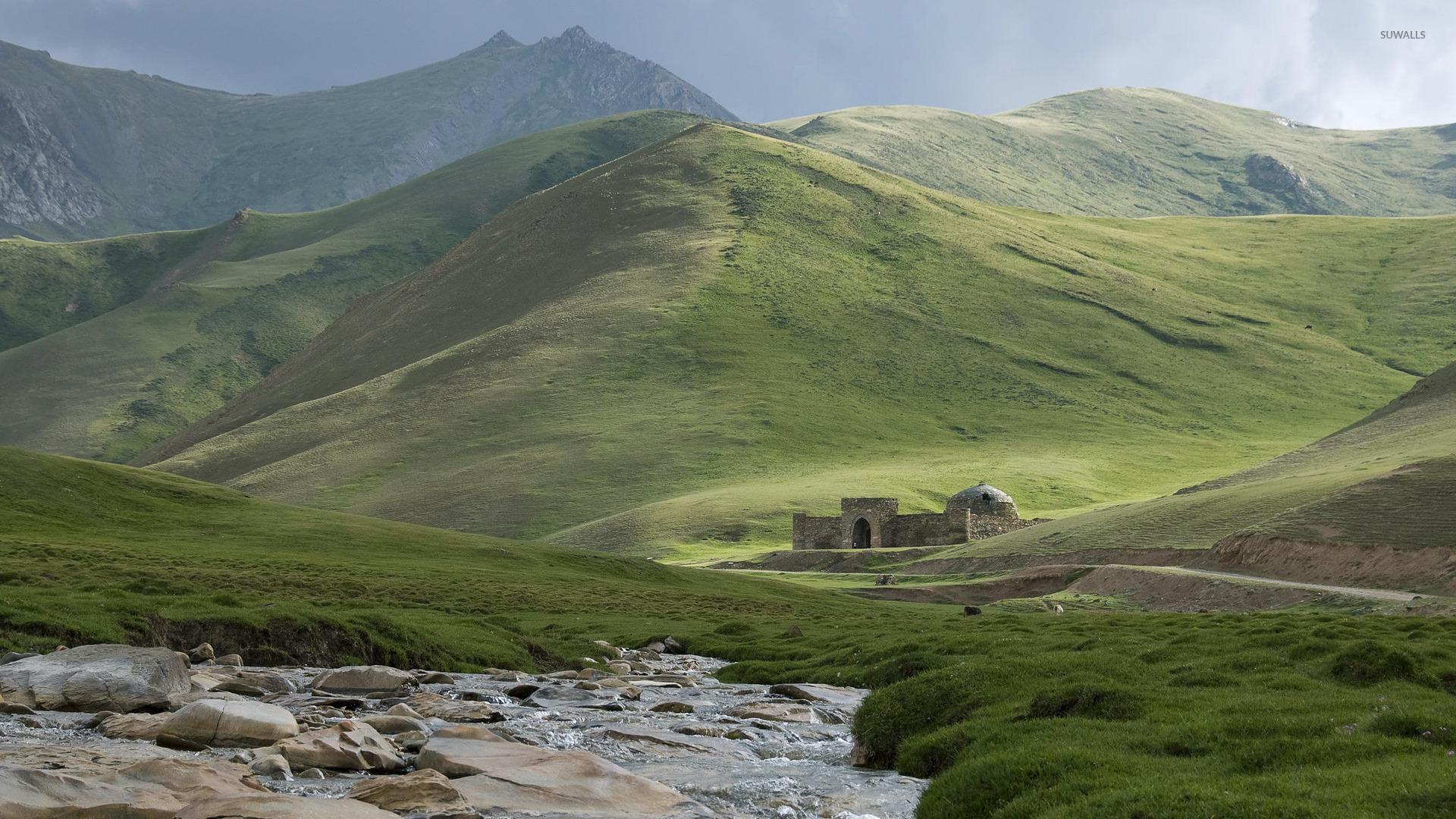 Bing Fall Desktop Wallpaper Caravansary On Silk Road In Kyrgyzstan Wallpaper Nature
