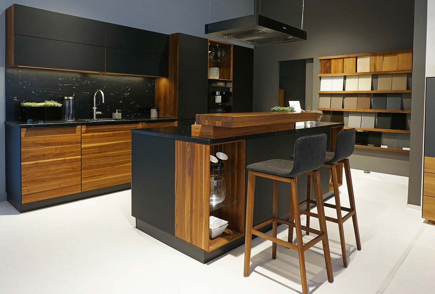 Team Sieben Küchen Showroom Exhibition Of Solid Wood Furniture For All Living Areas