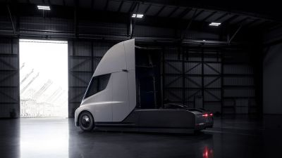 Tesla unveils its first electric Semi Truck and new version of Roadster fastest sports car