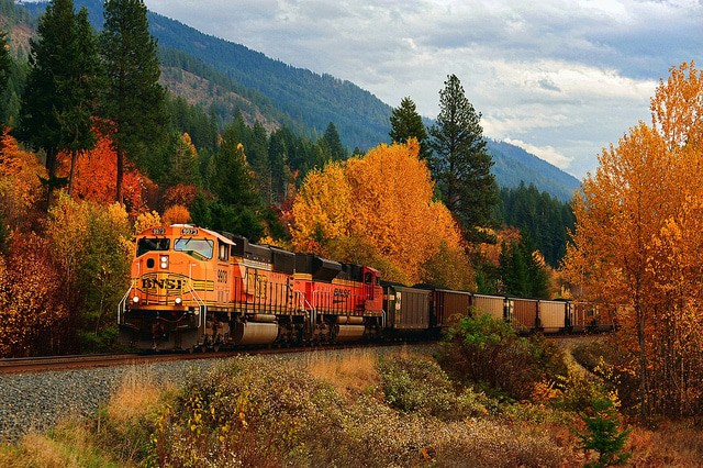 Images Of Fall Season Wallpaper 15 Best Small Towns To Visit In Idaho The Crazy Tourist