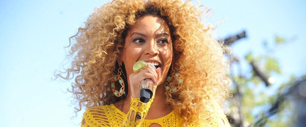 Listen To Beyonce Singing In Spanish On New 39mi Gente39 Remix