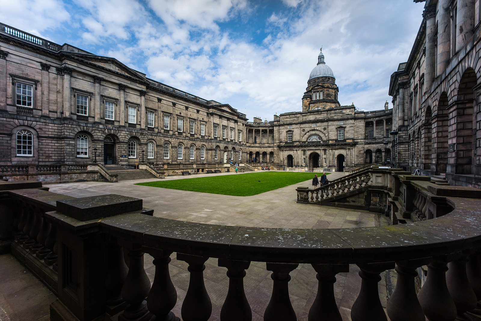 Pool Jacuzzi Edinburgh The Most Beautiful Universities In The United Kingdom