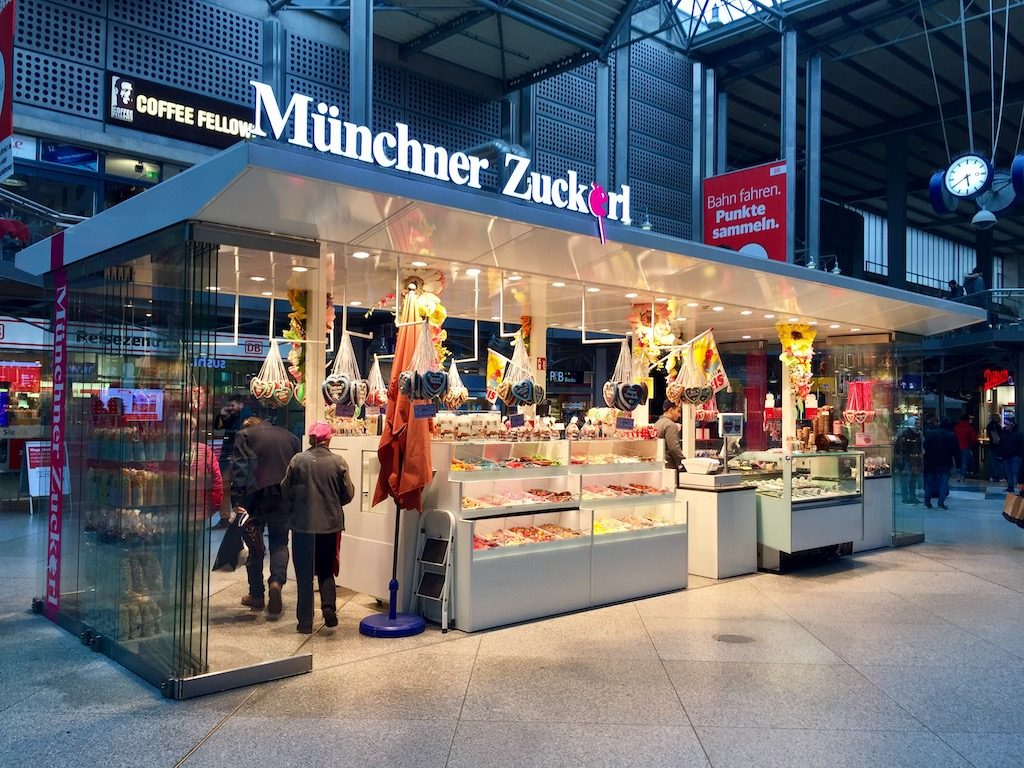 Cash Pool München Hauptbahnhof The Best Places To Buy Souvenirs In Munich
