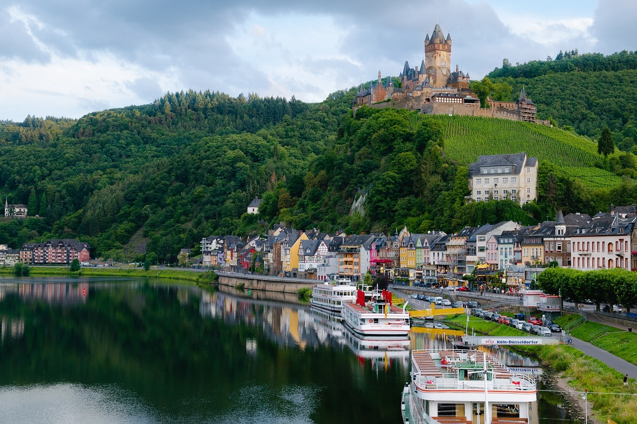 Grön Eck Köln The Top 10 Things To See And Do In The Moselle Valley
