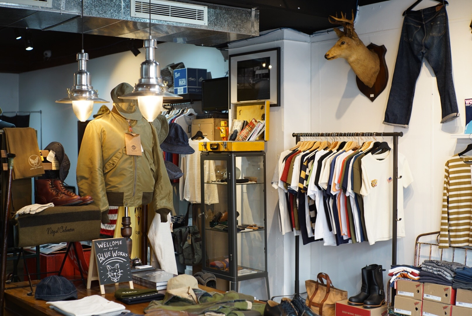 Best And Less Stores Melbourne The 7 Best Vintage Shops In Surry Hills Sydney